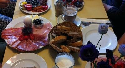Photo of Cafe Schaumschläger at Hobrechtstr. 11, Berlin 12047, Germany
