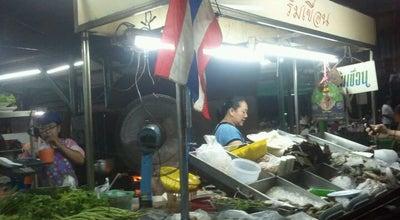 Photo of Seafood Restaurant ริมเขื่อนซีฟู๊ด at แยกไฟฟ้า, Muang Samut Prakan 10270, Thailand