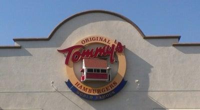 Photo of Burger Joint Original Tommy's Hamburgers at 170 N Hill Ave, Pasadena, CA 91106, United States