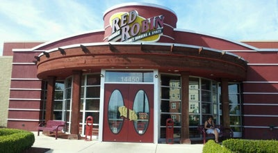 Photo of Burger Joint Red Robin Gourmet Burgers at 14450 Chantilly Crossing Ln, Chantilly, VA 20151, United States