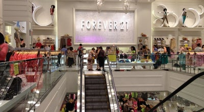 Photo of Clothing Store Forever 21 at 1540 Broadway, New York, NY 10036