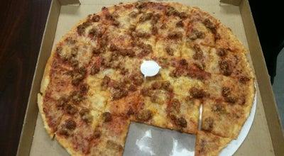 Photo of Pizza Place Aurelio's Pizza - Oakbrook at 100 E Roosevelt Rd, Villa Park, IL 60181, United States