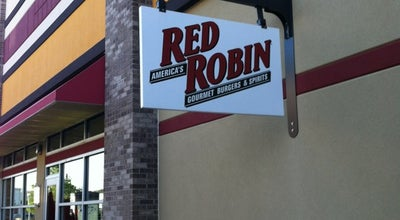 Photo of Burger Joint Red Robin Gourmet Burgers at 3100 Main St, Maumee, OH 43537, United States