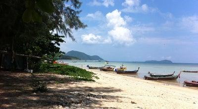 Photo of Beach หาดราไวย์ (Rawai Beach) at Hwy No 4233, Rawai 83100, Thailand