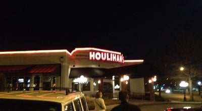 Photo of American Restaurant Houlihan's at 11851 W 95th St, Overland Park, KS 66214, United States