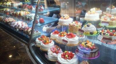 Photo of Dessert Shop ケーキハウス ショウタニ 武庫之荘店 at 武庫之荘9-11-16, 尼崎市, Japan