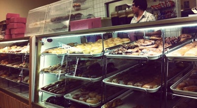 Photo of Donut Shop Donuts Plus at 459 W Main St, Brawley, CA 92227, United States