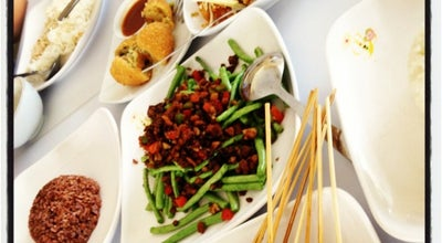 Photo of Vegetarian / Vegan Restaurant Loving Hut at Jl. Sumbawa No. 37, Surabaya 60281, Indonesia