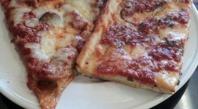 Photo of Italian Restaurant Pizzetta's NY Pizza & Italian Restaurant at 4107 Oleander Dr., Wilmington, NC 28403, United States