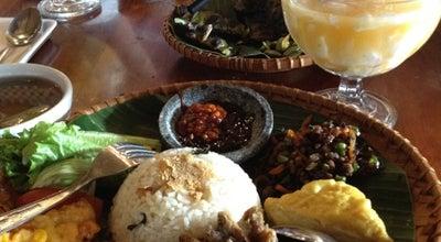 Photo of Indonesian Restaurant de' Leuit at Jalan Pakuan No. 3, Bogor 16143, Indonesia