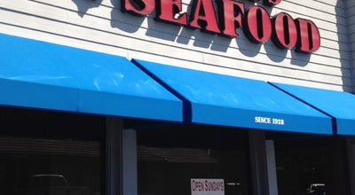 Photo of American Restaurant Cook's Seafood at 751 El Camino Real, Menlo Park, CA 94025, United States