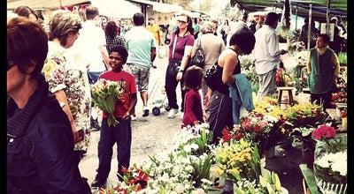 Photo of Farmers Market Feira Livre do Alto da Glória at R. Alberto Bolliger, S/n, Curitiba 80030-280, Brazil