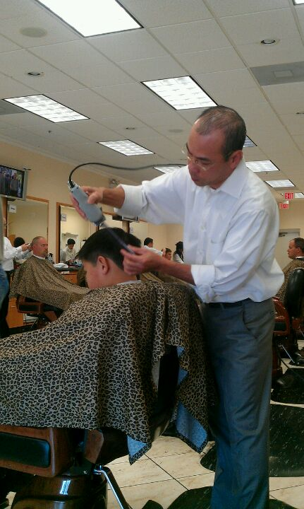 Dulles Barber