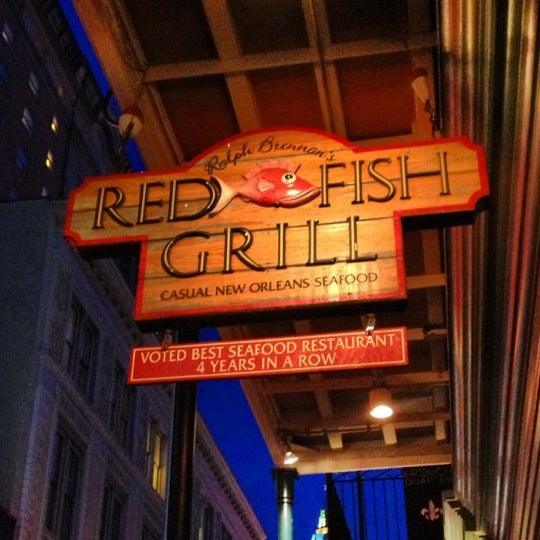 Red fish grill at 115 bourbon st new orleans la for Bourbon street fish