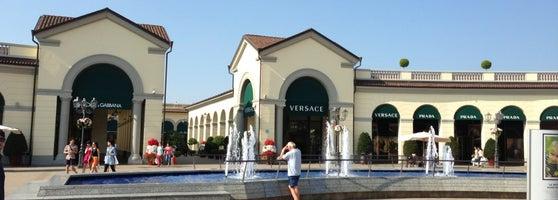 Serravalle designer outlet shopping mall for Serravalle designer outlet milan