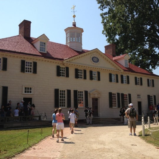 Photo taken at George Washington's Mount Vernon Estate, Museum & Gardens by Saul C. on 7/4/2012