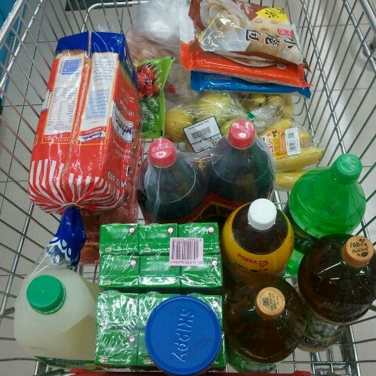 Photo taken at NTUC FairPrice by Ant L. on 5/3/2012