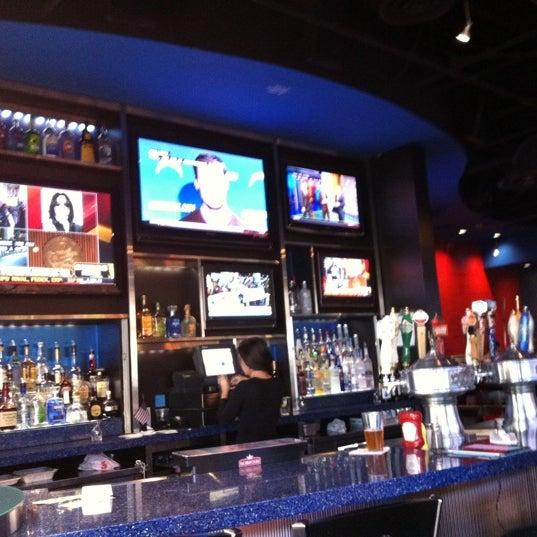 Happy Hour Places In Arlington Va: Jet Rock Bar & Grill