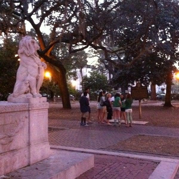 photos at chippewa square plaza in savannah