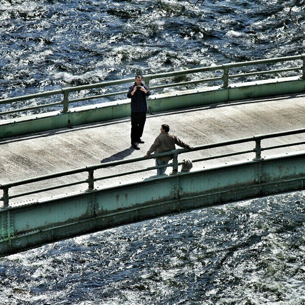 Photo taken at Croton Gorge Park by Milton on 4/24/2013