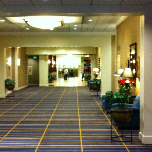 Photo taken at Four Points by Sheraton Los Angeles International Airport by Wichien A. on 12/24/2012