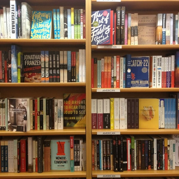 Photo taken at McNally Jackson Books by Christina C. on 1/29/2013