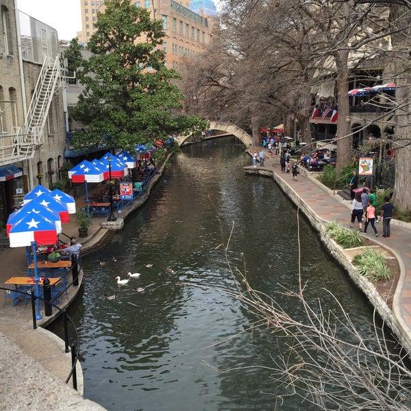 Photo taken at San Antonio by Fê A. on 2/22/2015