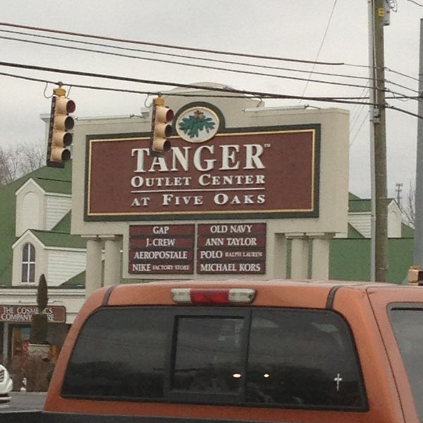 Tanger outlets sevierville coupons