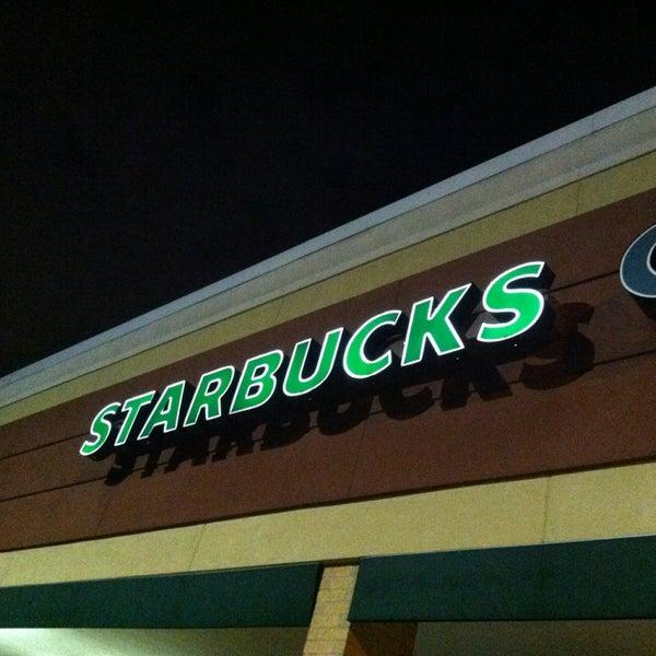 Photo taken at Starbucks by Leon R. on 2/7/2013