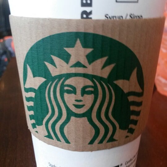 Photo taken at Starbucks by Marcelle F. on 7/9/2014