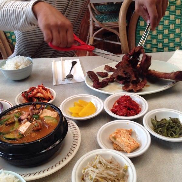 Photo taken at Oriental Restaurant by Jade J. on 10/4/2014