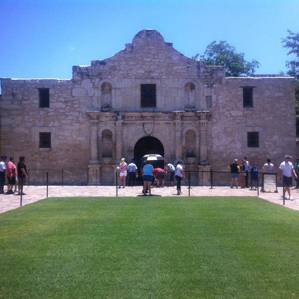 Photo taken at The Alamo by Amy L. on 7/13/2013