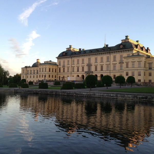 drottningholm palace how to get there