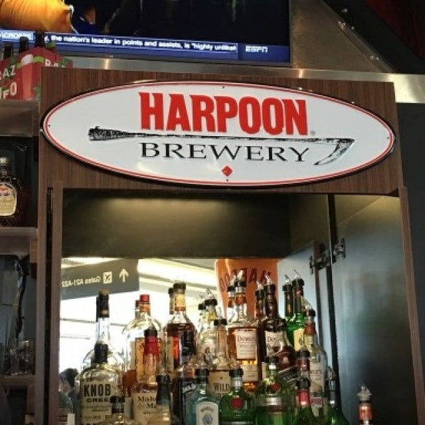 Photo taken at Harpoon Tap Room by Eye of the B. on 5/24/2016