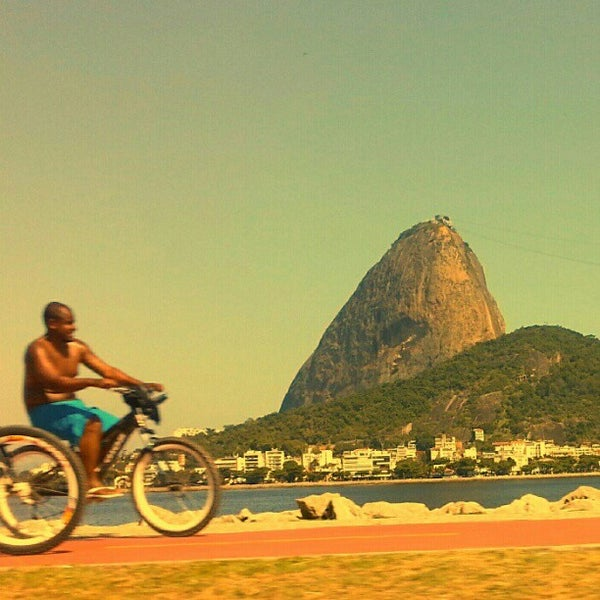 Photo taken at Aterro do Flamengo by Rodrigo M. on 12/25/2012