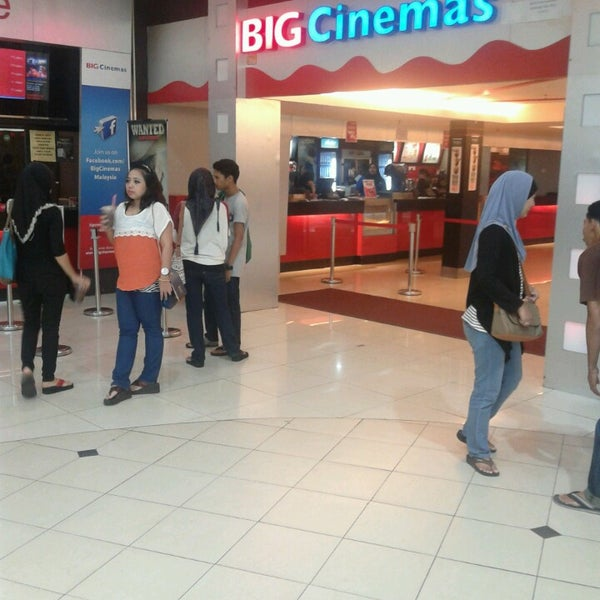 Photo taken at Big Cinemas by Ace E. on 7/7/2013