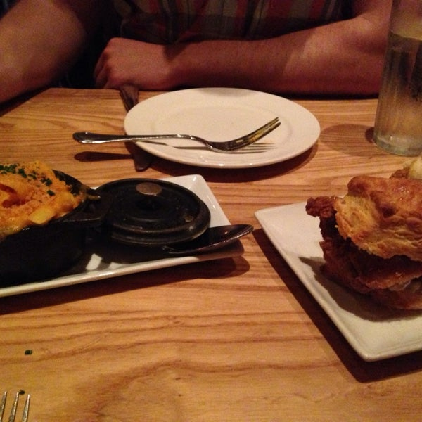Photo taken at Yardbird Southern Table & Bar by Eva B. on 3/10/2014