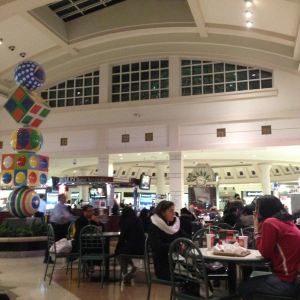 Vegetarian Food Court At Great Mall