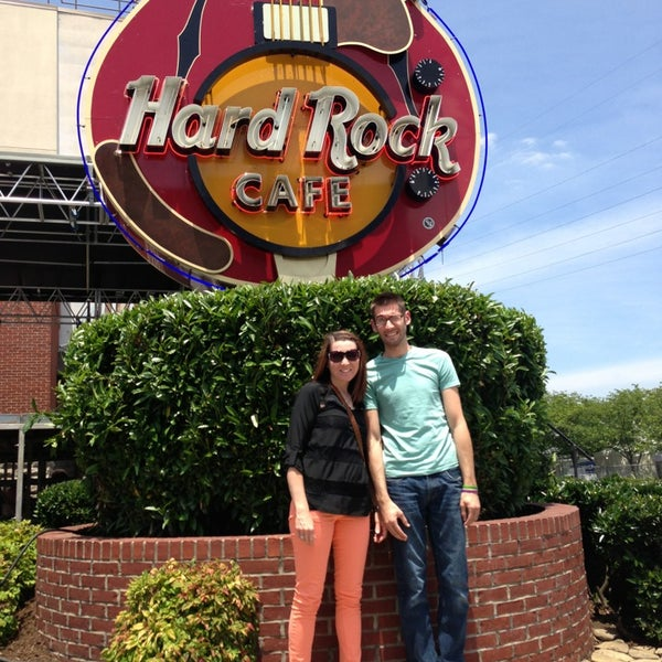 Photo taken at Hard Rock Cafe Nashville by Janelle S. on 6/4/2013