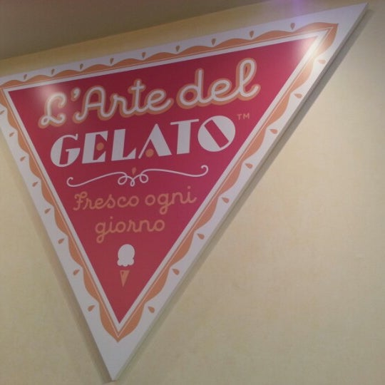 Photo taken at L'Arte Del Gelato by Kino on 9/17/2012