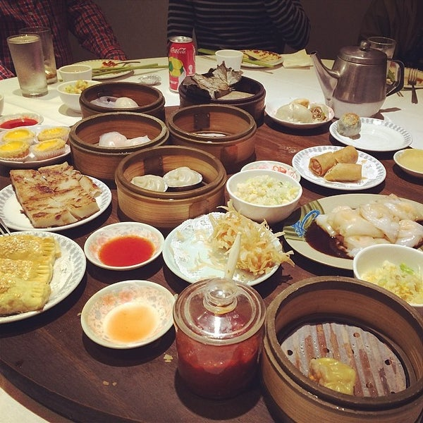 Photo taken at Canton Dim Sum & Seafood Restaurant by jocelyn L. on 6/3/2014