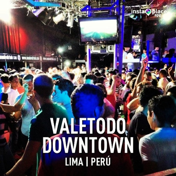 Photo taken at ValeTodo Downtown by Salvador (. on 3/22/2013