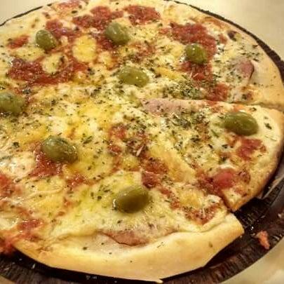 La mejor pizzería de San Bernardo!! Las pizzas son una delicia!!! Imposible no ir!