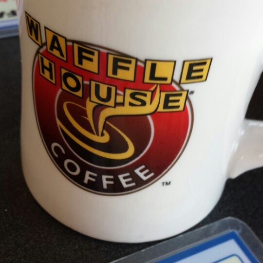 Photo taken at Waffle House by Jim F. on 5/17/2014