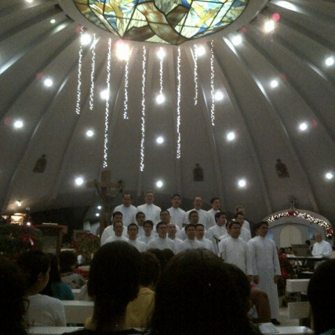 Photo taken at Sto. Niño de Paz Community Chapel by Paul Chester T. on 12/16/2012