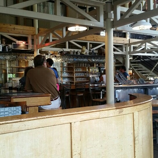 Photo taken at Snake River Brewery & Restaurant by Barbara G. on 7/26/2015