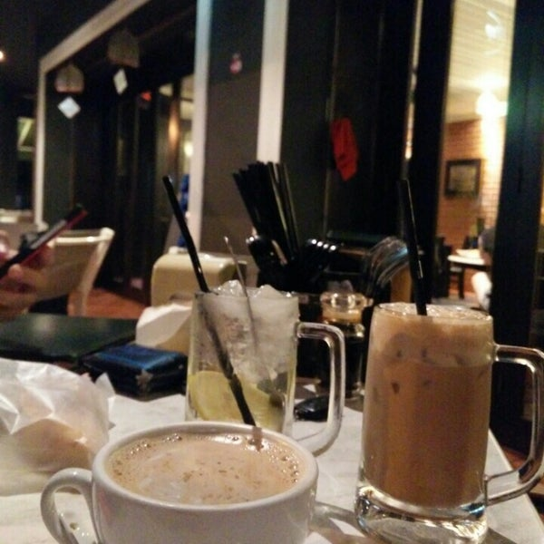 Photo taken at PappaRich by Afan Z. on 7/1/2015
