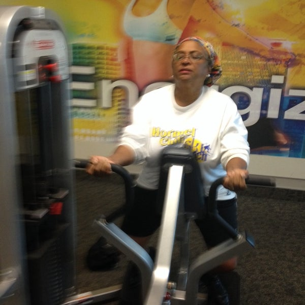Photo taken at LA Fitness by Moor  Of Dundee L. on 11/7/2013
