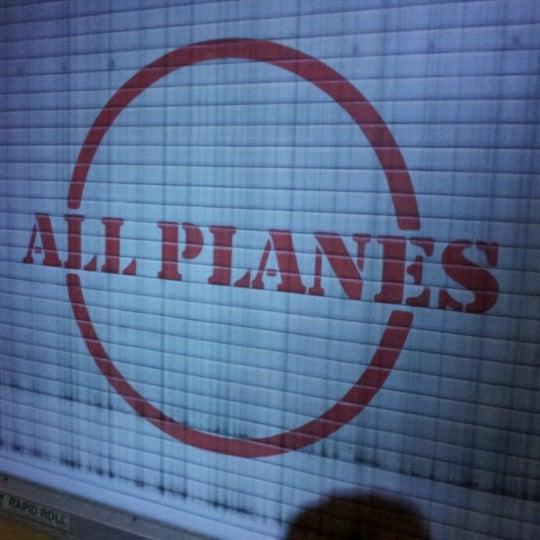 Photo taken at Goofy's Sky School by Henry O. on 11/22/2012