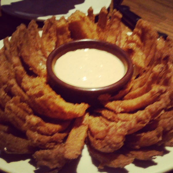 Foto tirada no(a) Outback Steakhouse por Ana Paula M. em 6/2/2013
